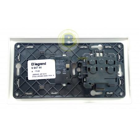 Base de Enchufe 2P+T y Cargador USB Blanco 664744 Legrand Niloé
