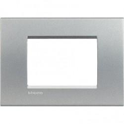 Placa Rectangular 3 Módulos Tech LNA4803TE Livinglight BTicino
