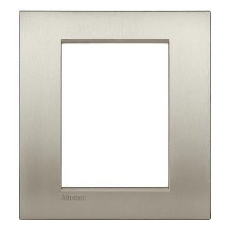 Placa rectangular 3+3 Módulos Titanio LNC4826TIS Bticino Livinglight AIR