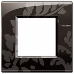 Placa 1 Ventana Ramage LNE4802RM Livinglight AIR BTicino