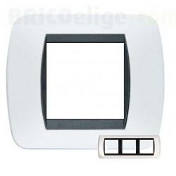 Placa 2+2+2 Módulos Living Internacional Blanco Solido L4802/3BA
